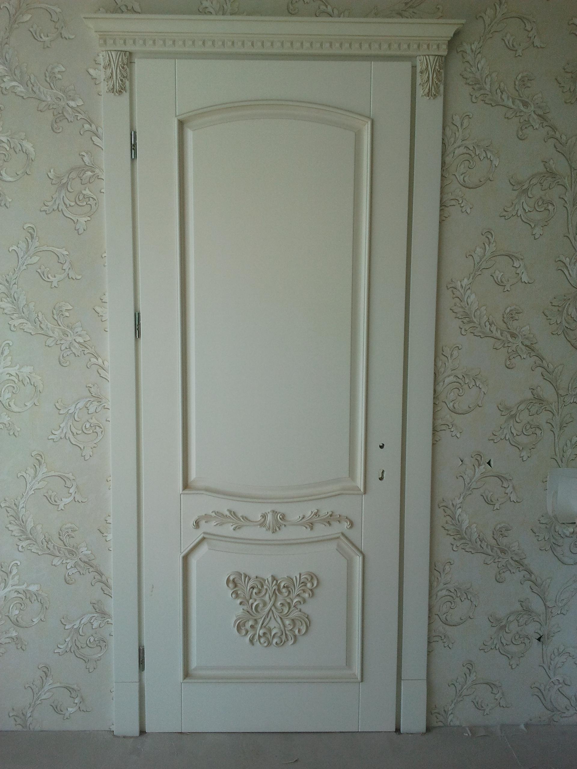 Двері з елементами різьблення - фото 13