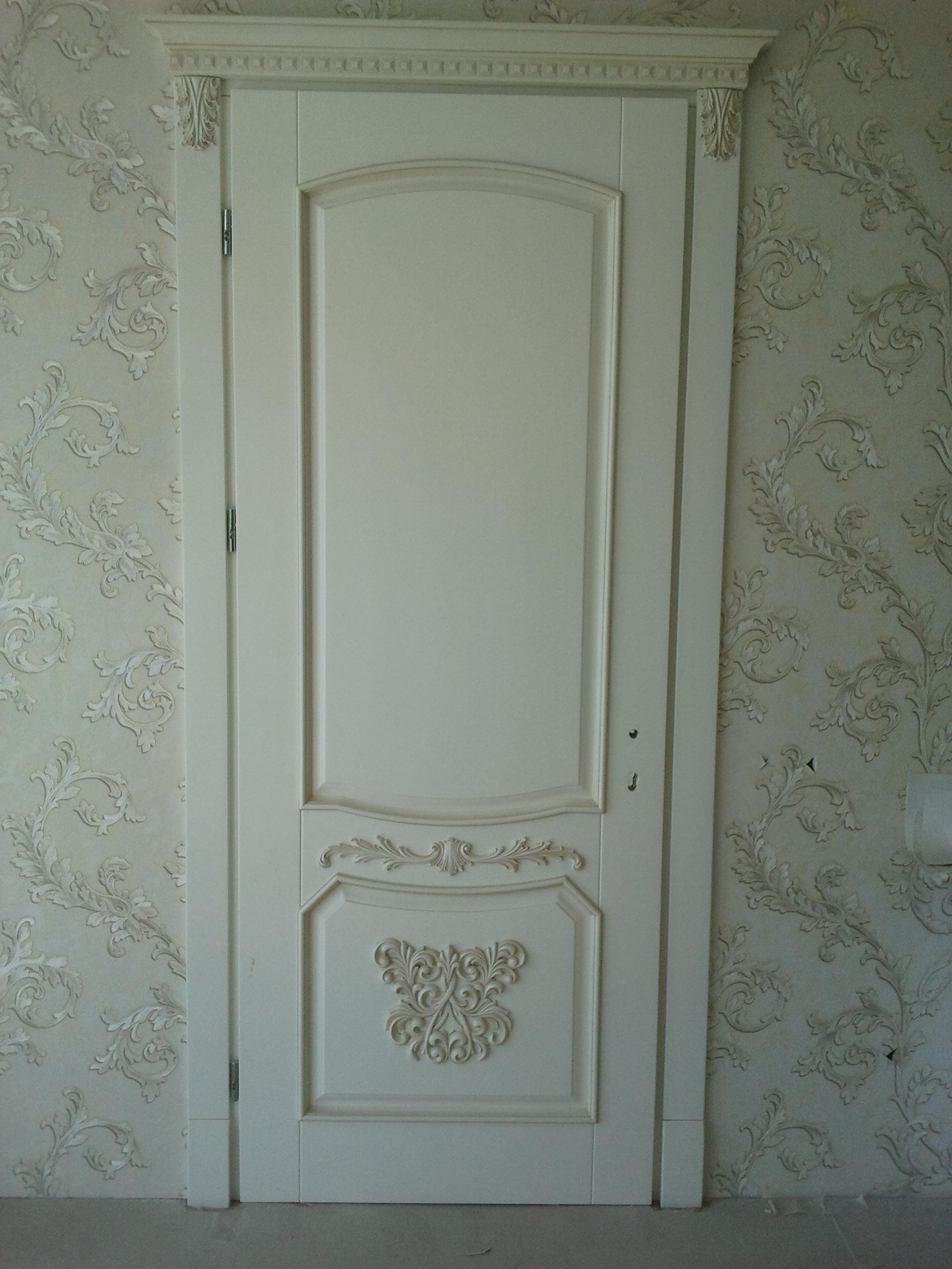 Двері з елементами різьблення - фото 17