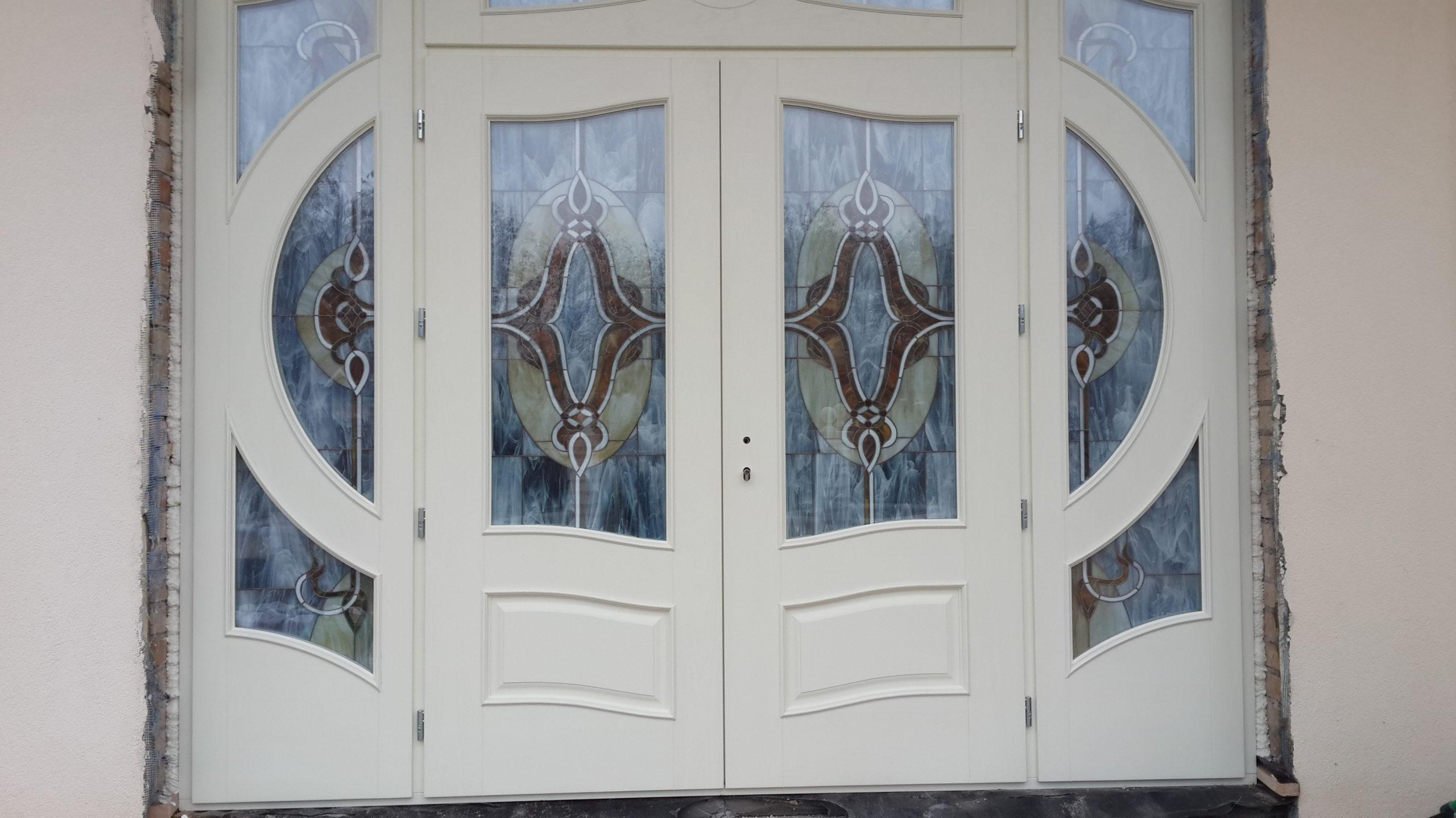 Двери с витражами - фото 16