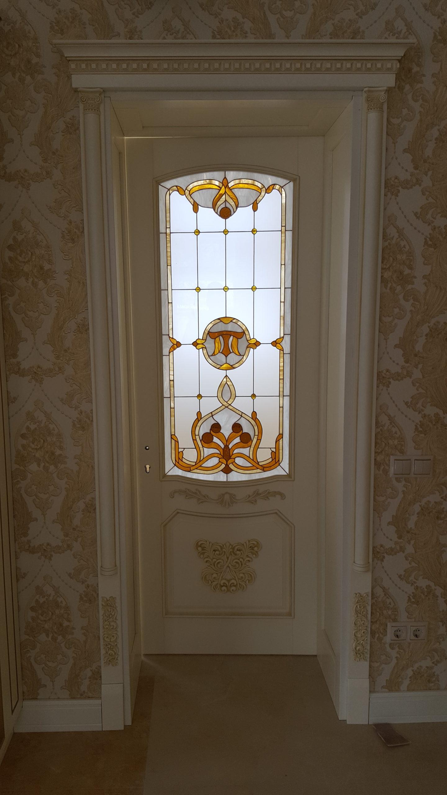 Двері з елементами різьблення - фото 24