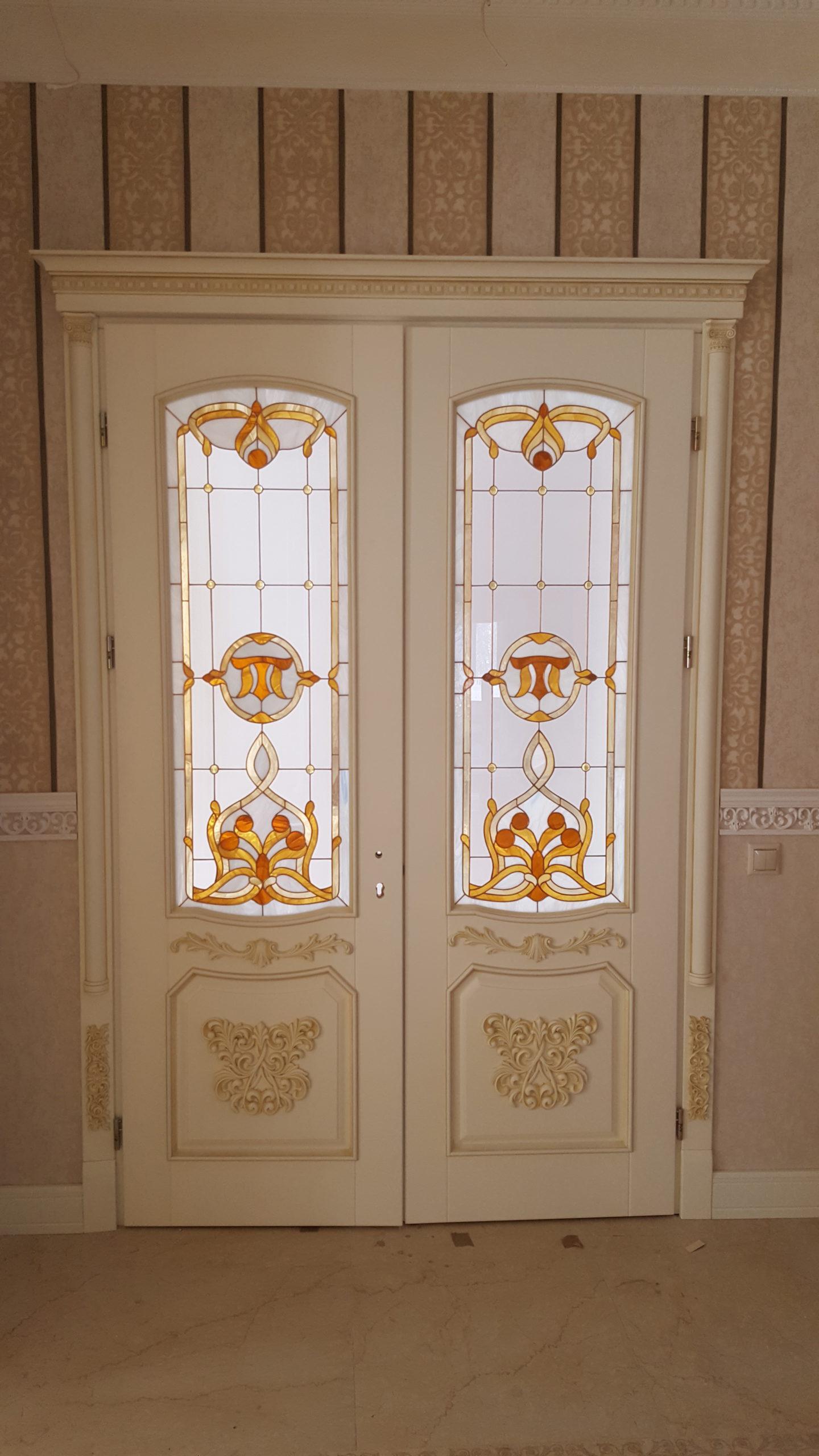 Двері з елементами різьблення - фото 28