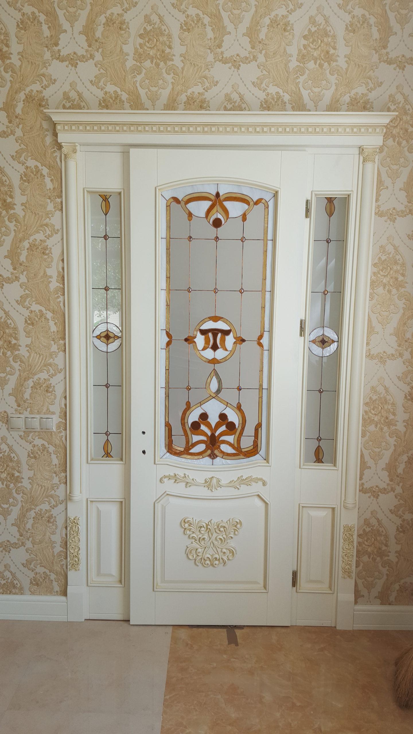 Двері з елементами різьблення - фото 29
